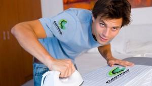 como-planchar-camisas-consejos-para-hombres-pecho-e1393345265604